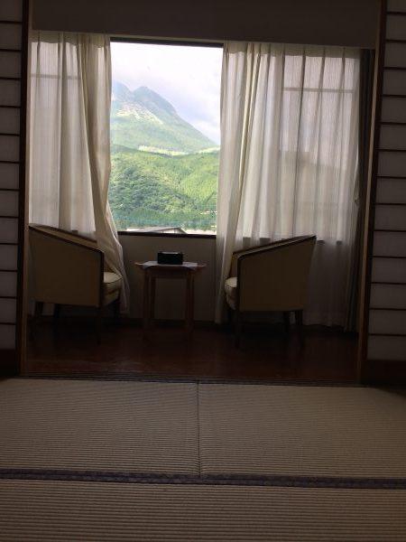 【湯布院】田園の中の静かな温泉【由布岳を見ながら入る露天風呂】