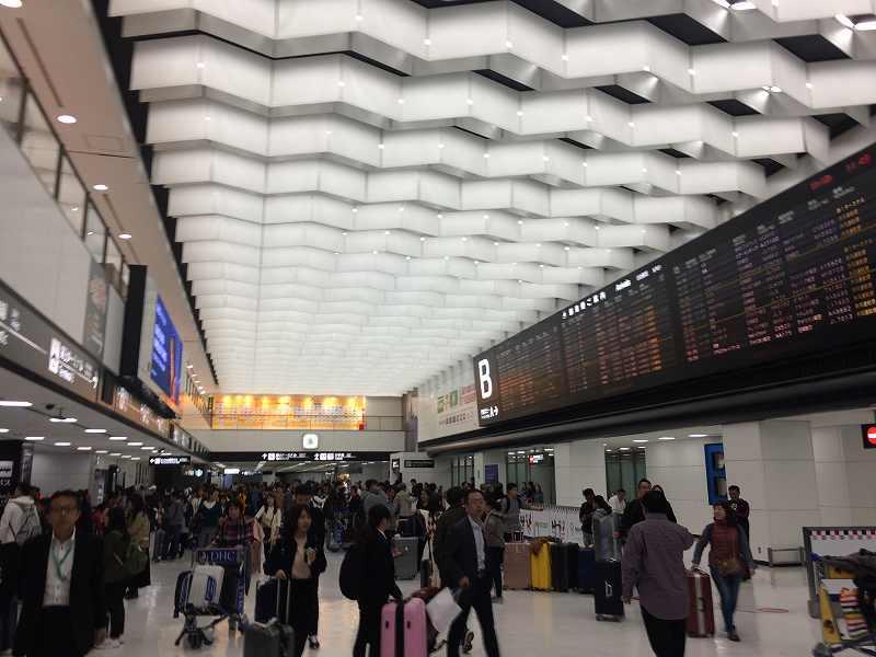 【ジェットスターで行く】青島から鬼の洗濯岩を見て飫肥まで【宮崎】空港第2ターミナル1階の到着ロビー